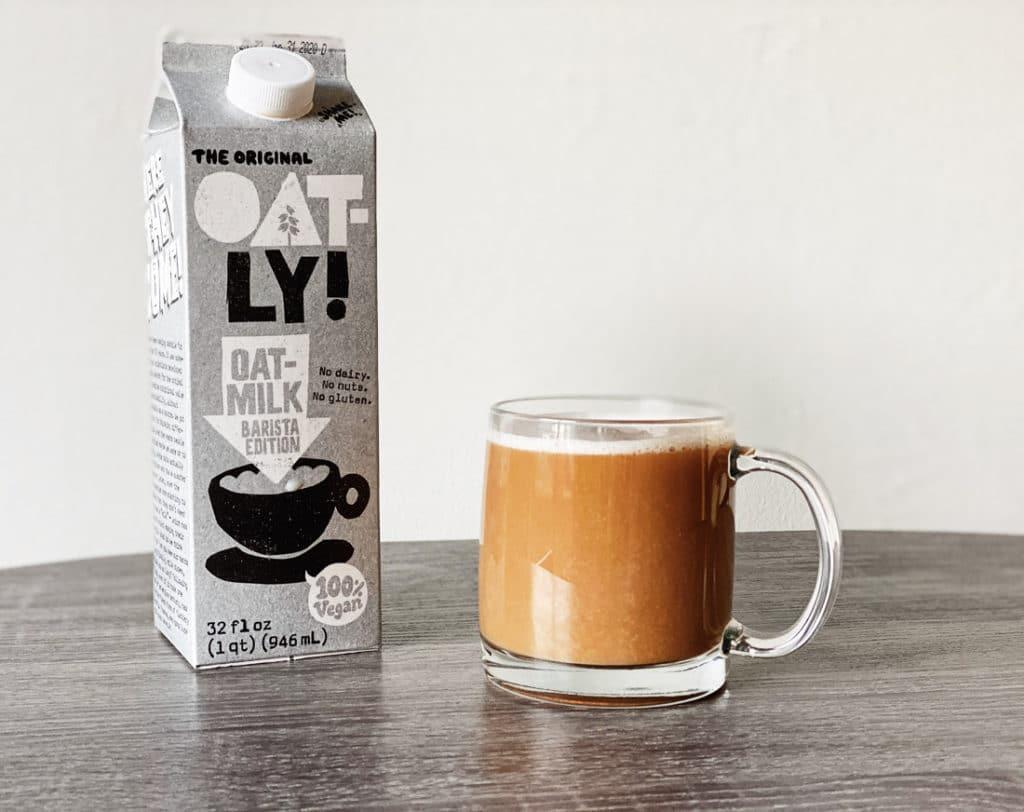 Is Oat Milk Healthy? Oat Milk Benefits and Side Effects